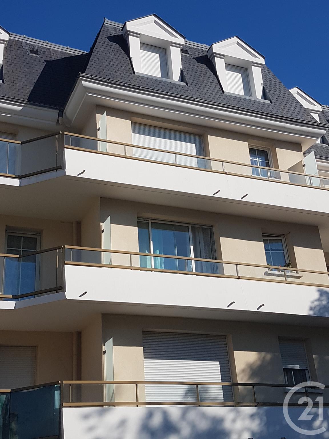Appartement duplex vendre 3 pi ces 62 m2 vaujours for Appartement atypique ile de france